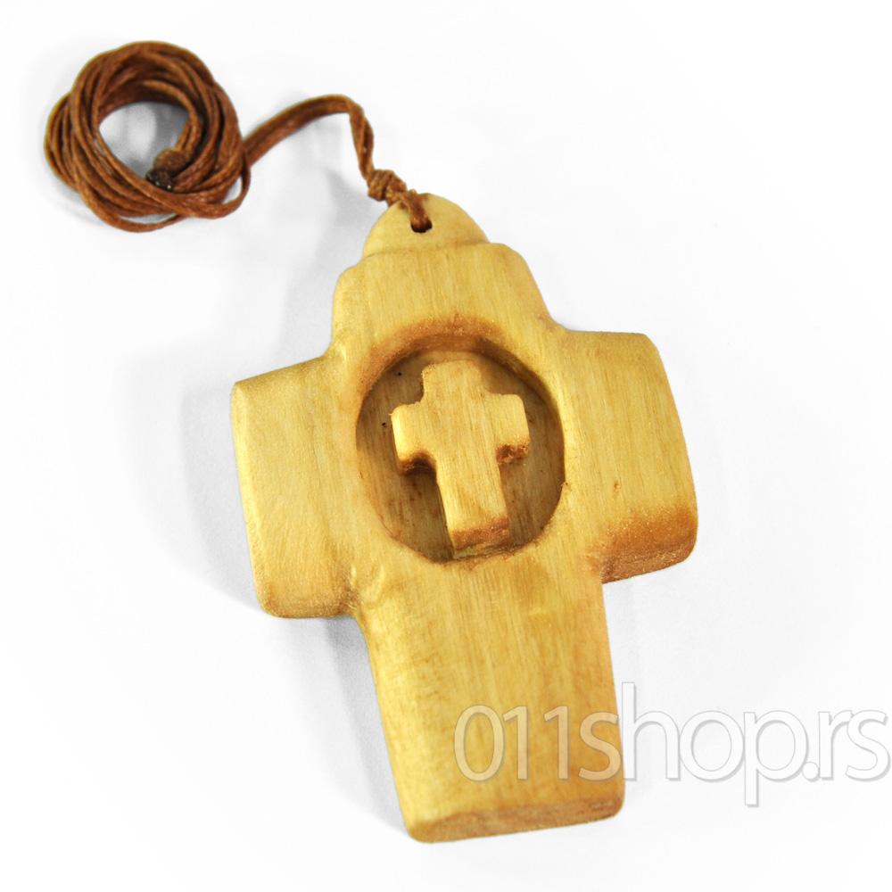 Ogrlice sa drvenim krstom (rucni rad) 5